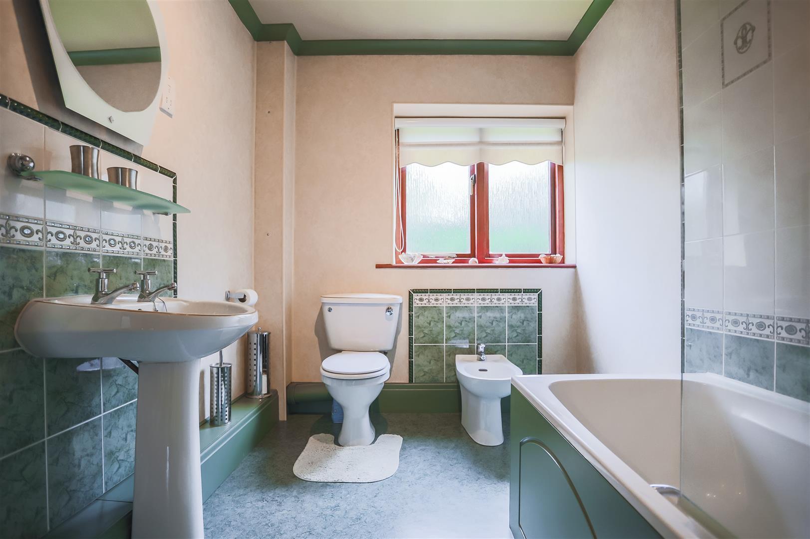 4 Bedroom Detached House For Sale - Image 48